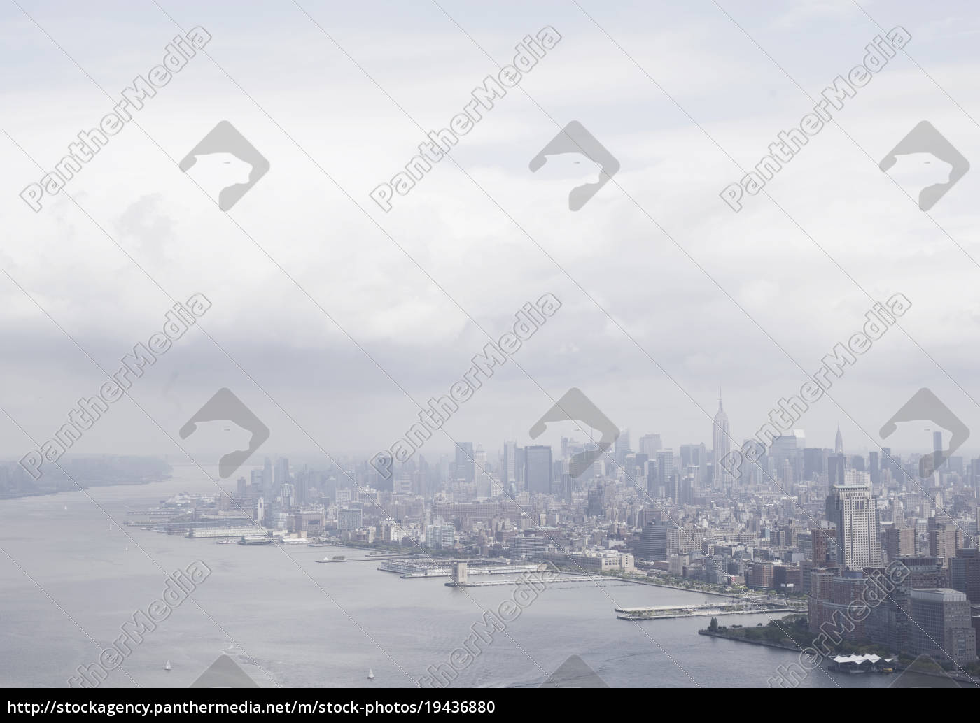aerial, view, of, the, hudson, river - 19436880