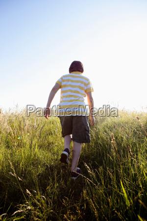 chodzenie zwiedzanie przyroda srodowisko wolny czas
