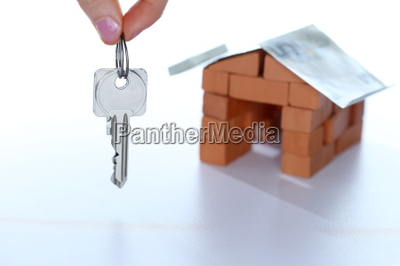 key and house icon