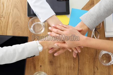 praca w zespole sukces w biznesie