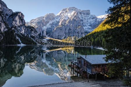 wlochy poludniowy tyrol lago di braies