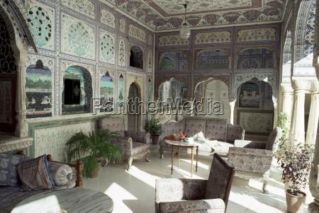 znakomicie recznie malowane sultan mahal jeden