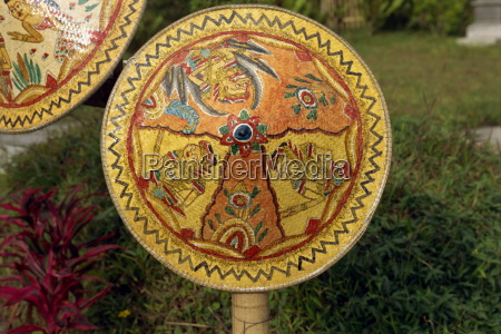 malowane rattan besakih temple bali indonezja
