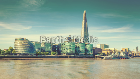 londynska panorama miasta i tamiza efekt