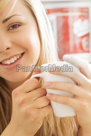 niemcy bawaria monachium potrait nastoletniej dziewczyny