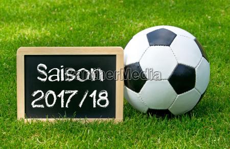 sezon pilkarski 2017 2018 chalkboard