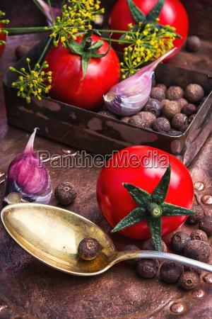 pomidorypapryki i czosnku
