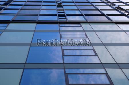 mirror windows building blue tower skyscraper