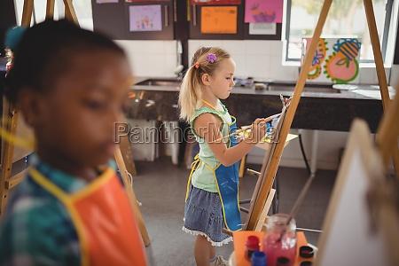 edukacja wyksztalcenie wychowanie sztuka kolor zenski