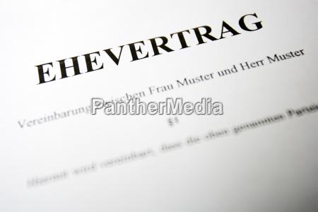kontrakt zakontraktowane detal nagranie studyjne zblizenie