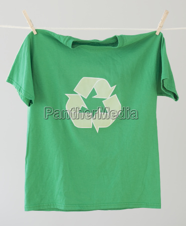 green recycling t shirt