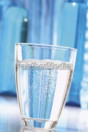 glass chalice tumbler cup food aliment