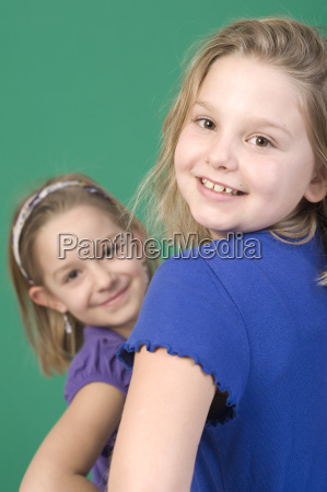 two blond girls 6 and 8