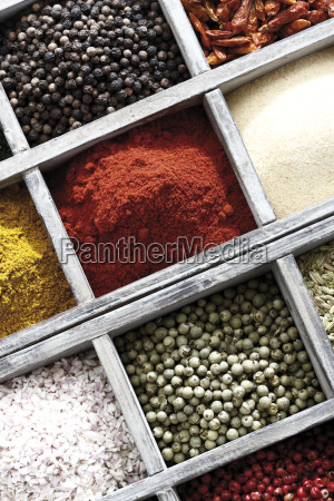 spices in the setting box peppercorn