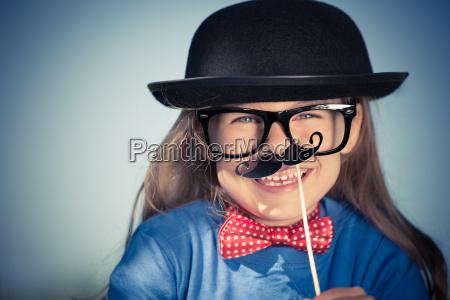 niebieski smiech smiac sie laughing wysmiewanie