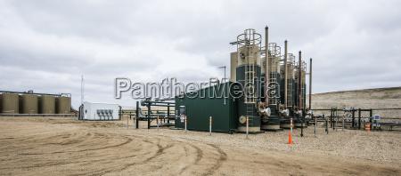 platforma produkcji ropy na polu w