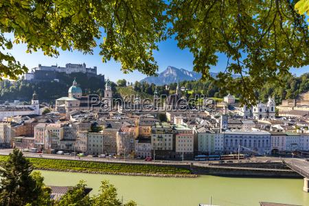 kosciol miasto grod town katedra austria