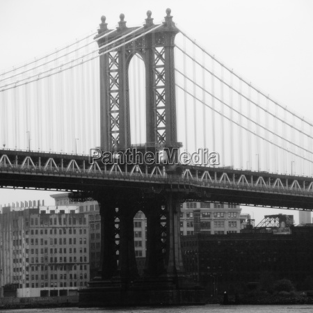 manhattan bridge over east river manhattan