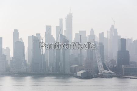 new york city midtown manhattan skyline