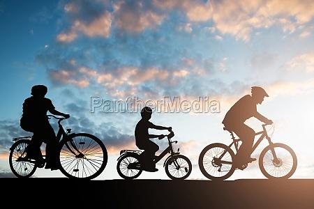 jezdziectwo sylwetka cwiczenie cwicz praktyki kid