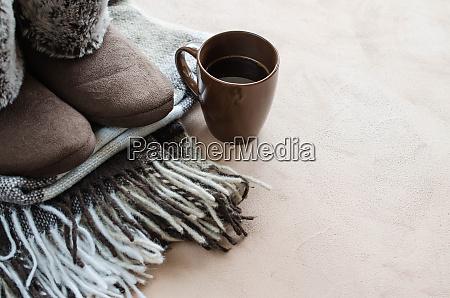 cieple ubrania domu welniana chusta i