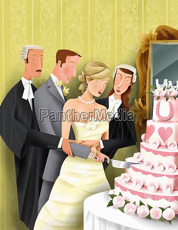 adwokaci pomagajac narzeczeni pokroic w tort