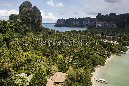 railay beach is a popular tourist