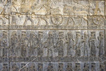 monumentalne schody apadana temat narodow imperium