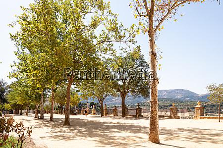 alameda del tajo park and garden
