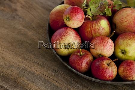 rustykalne, martwa, natura, z, jabłkami - 27097317