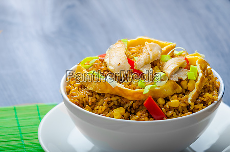 chicken curry rice with crispy chinese