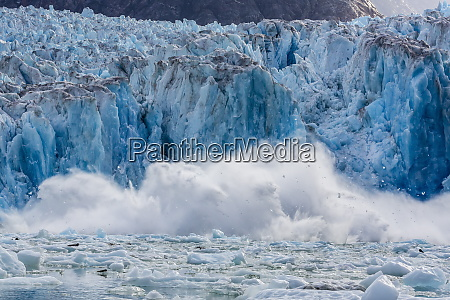 south sawyer glacier calving tracy arm