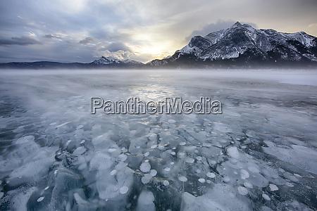 canada alberta abraham lake winter sunrise