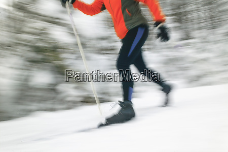 cross country skiers on spray river