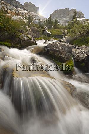 usa, kalifornia, inyo, national, forest., strumień, płynie, do - 27338336