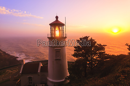 heceta head lighthouse devils elbow state