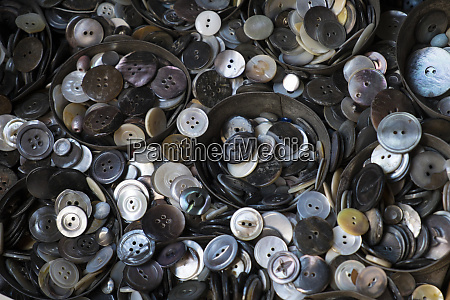 pile of old buttons new york