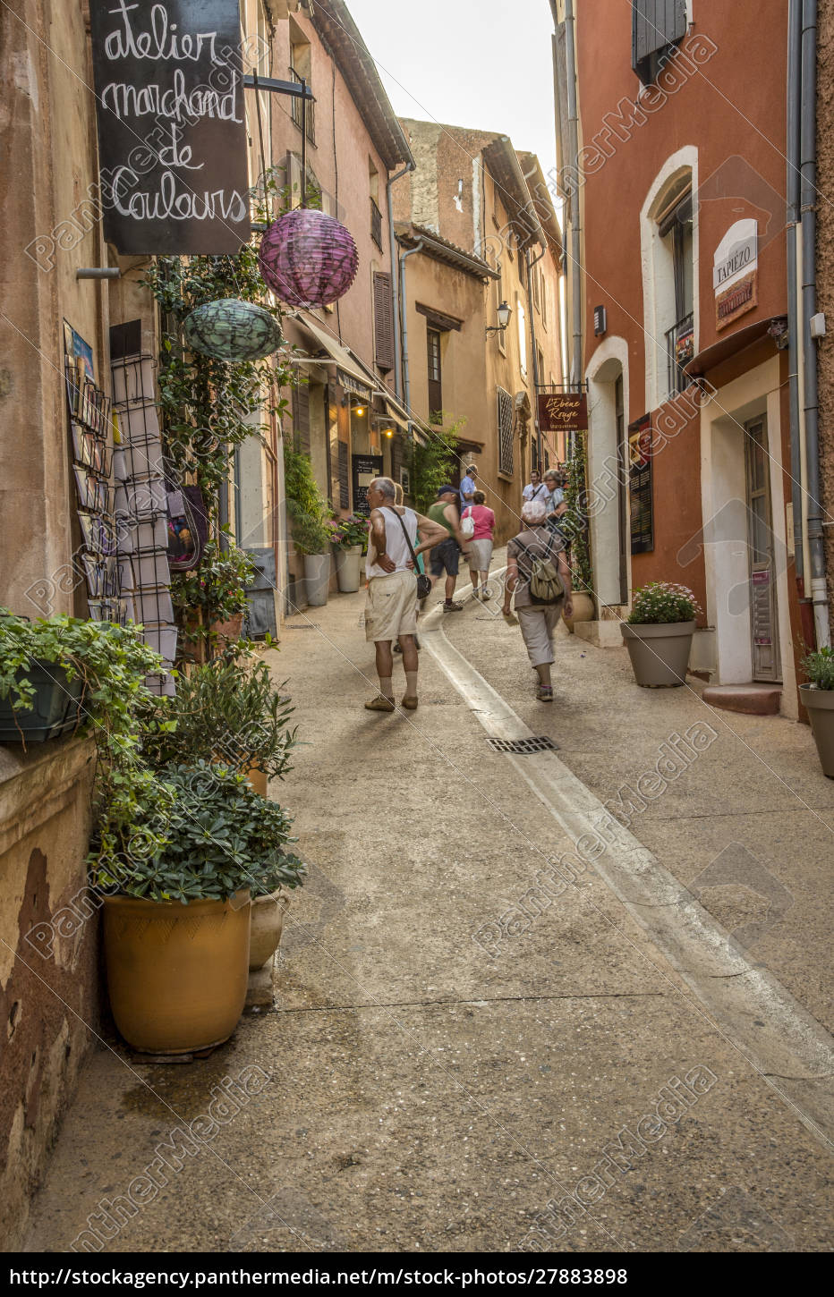 france, , provence, , roussillon, , street, , people - 27883898