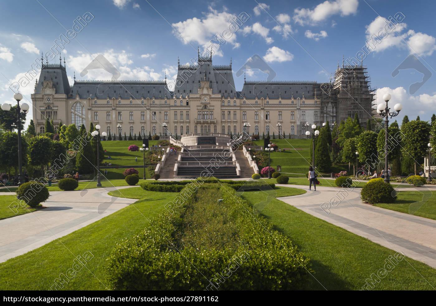 romania, , moldavia, , iasi, , palace, of, culture, - 27891162