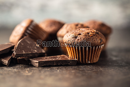 smaczne, babeczki, czekoladowe., słodkie, babeczki. - 28135276