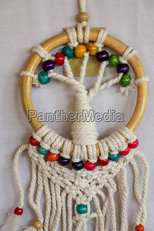 bialy dreamcatcher indyjski amulet ktory