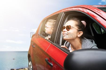 rodzinne wakacje samochodem