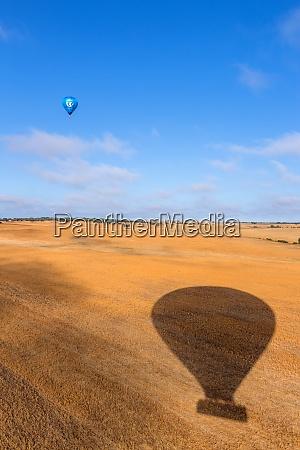 wniebowstąpienie, balonów, na, ogrzane, powietrze - 28934528