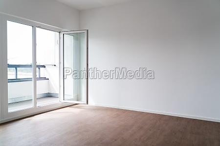 pokoj przyrzadu Sciana i okno