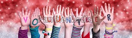 dzieci rece budowanie word wolontariusz czerwony