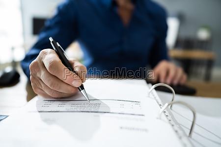 ksiegowy podatku od osob prawnych
