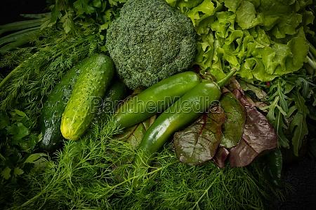 zielone warzywa martwa natura tla