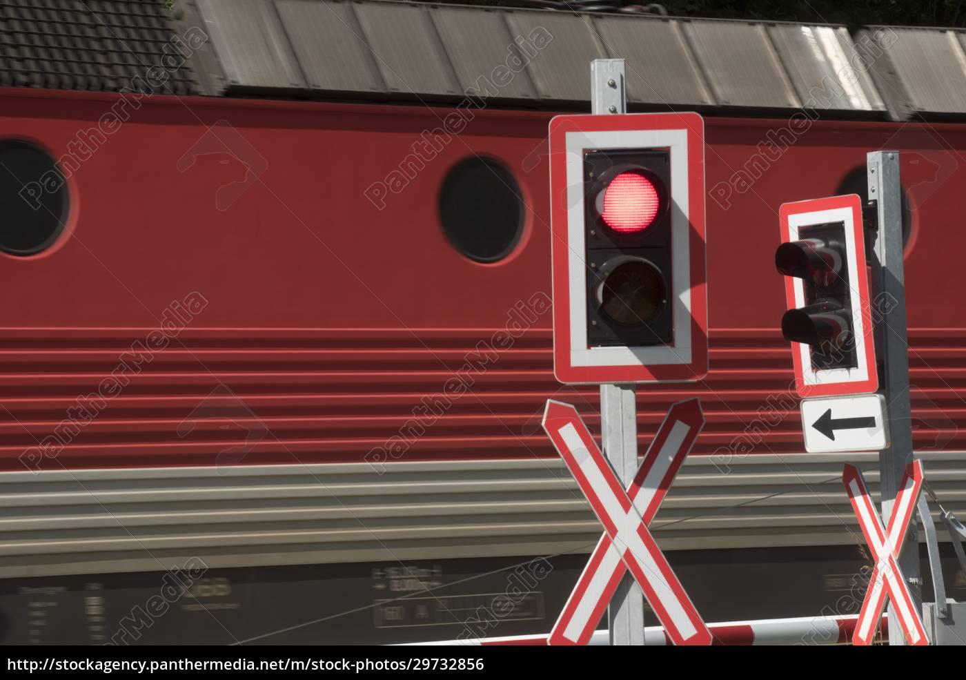 przejazd, kolejowy, w, ruchu, kolejowym - 29732856