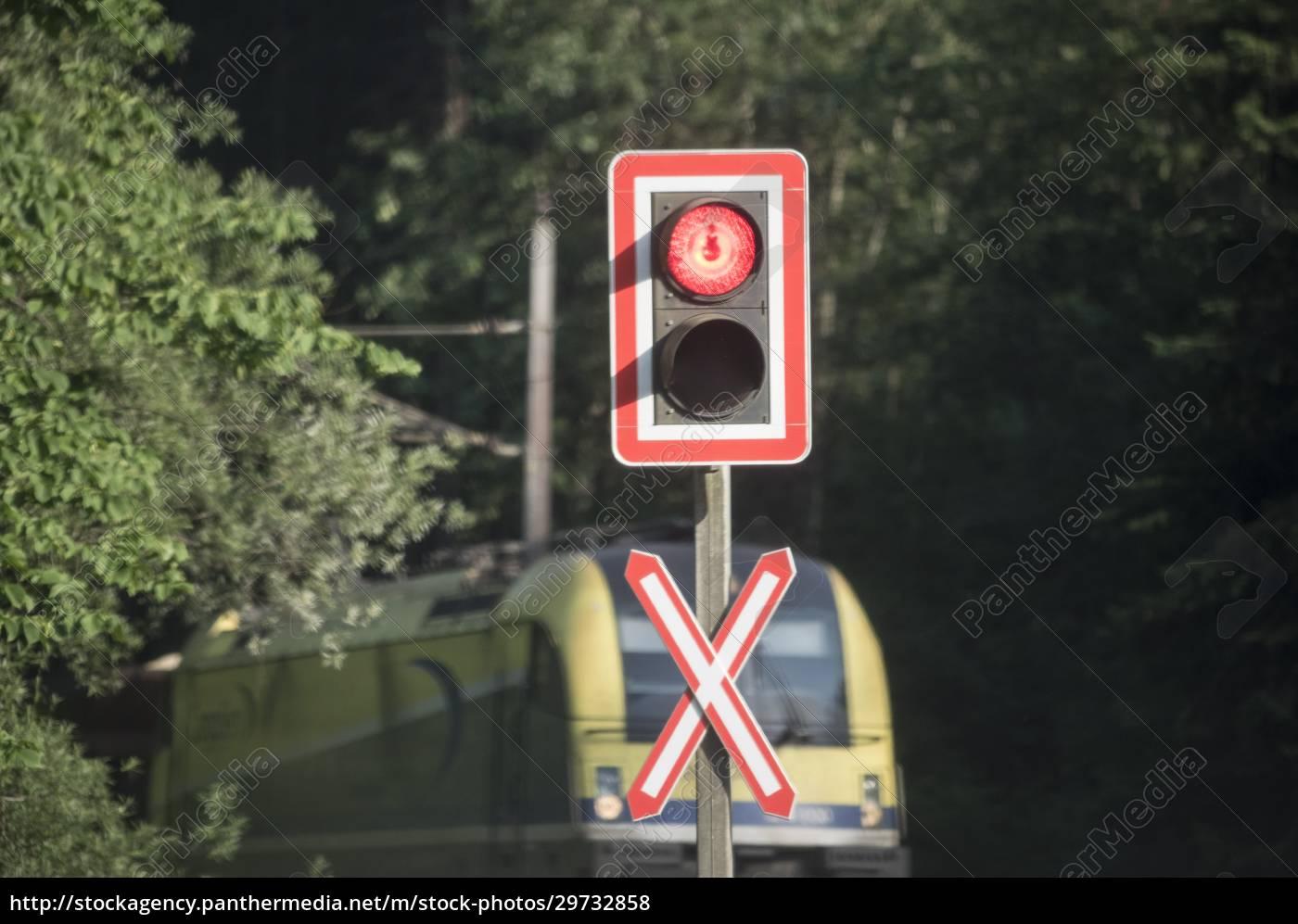 przejazd, kolejowy, w, ruchu, kolejowym - 29732858