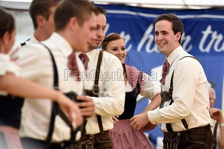 Öffentliche, aufführung, traditioneller, österreichischer, volkstänze, beim - 29871499
